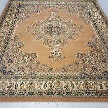 beige tapijt 300 x 400 cm