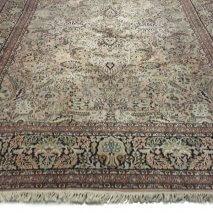 roze kashmir tapijt