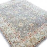 okergeel tapijt
